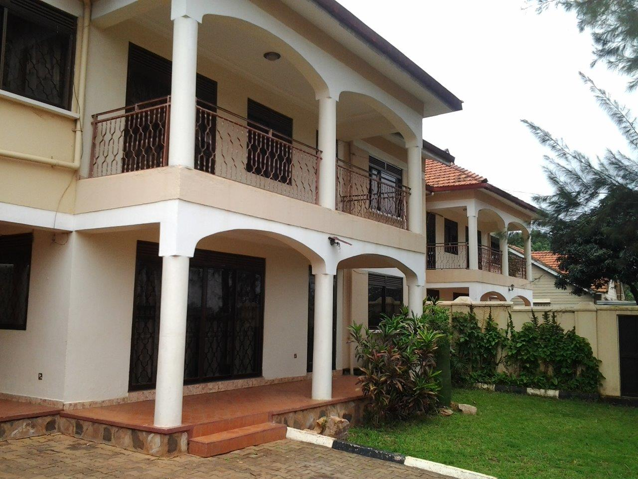 Four Bedroom House, Muyenga