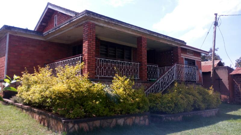Four Bedroom Bungalow, Gayaza