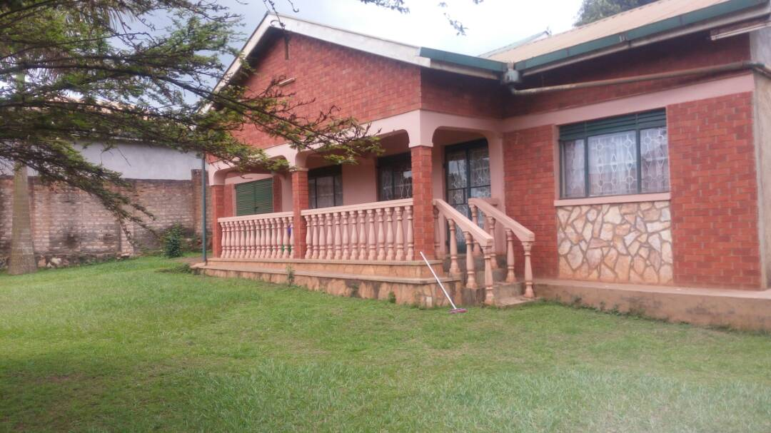 Bungalow for Sale, Entebbe